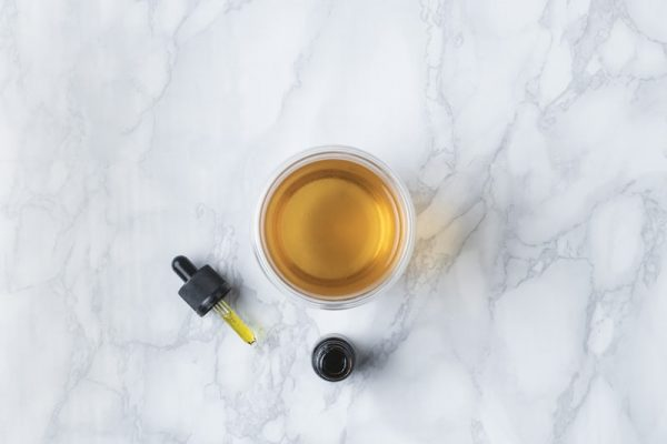 5 Benefits and Uses for CBD Oil You Should Know